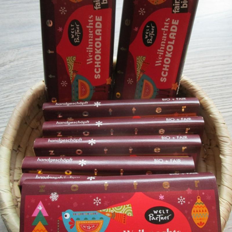 Für alle das Beste: Weihnachtsschokolade Nougat Variation von ManufakturZotter