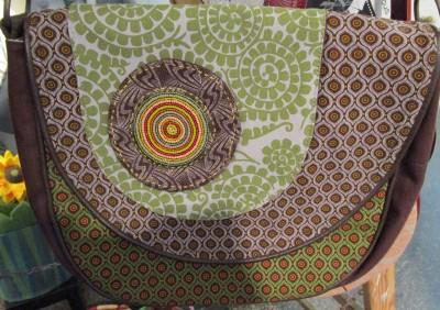 Allrounder-Tasche von Trusted Crafts im Weltladen Soltau