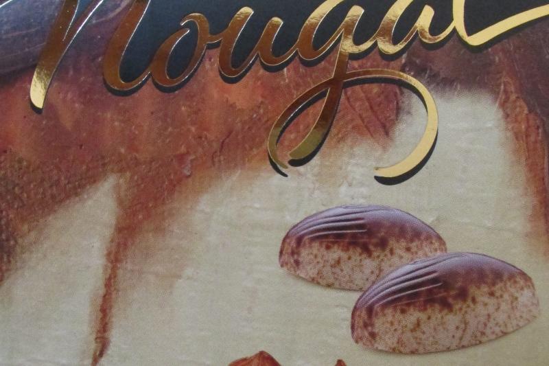 Neu im Weltladen Soltau: Bellgische Nougatmuscheln in weißer Schokolade