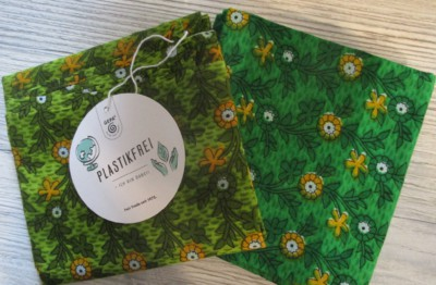 Mit Stofftüchern nachhaltig und plastikfrei Geschenke verpacken | Weltladen Soltau
