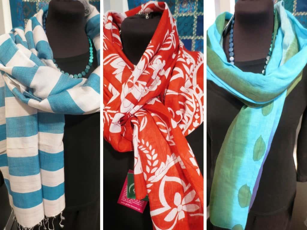 Fair gehandelte Loops, Schals und Tücher, z. B. aus Bio-Baumwolle, Merinowolle oder Seide im Weldladen Soltau